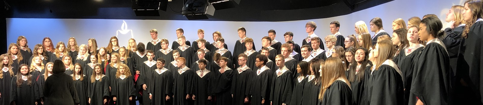 VWHS choir performing at Channel 44